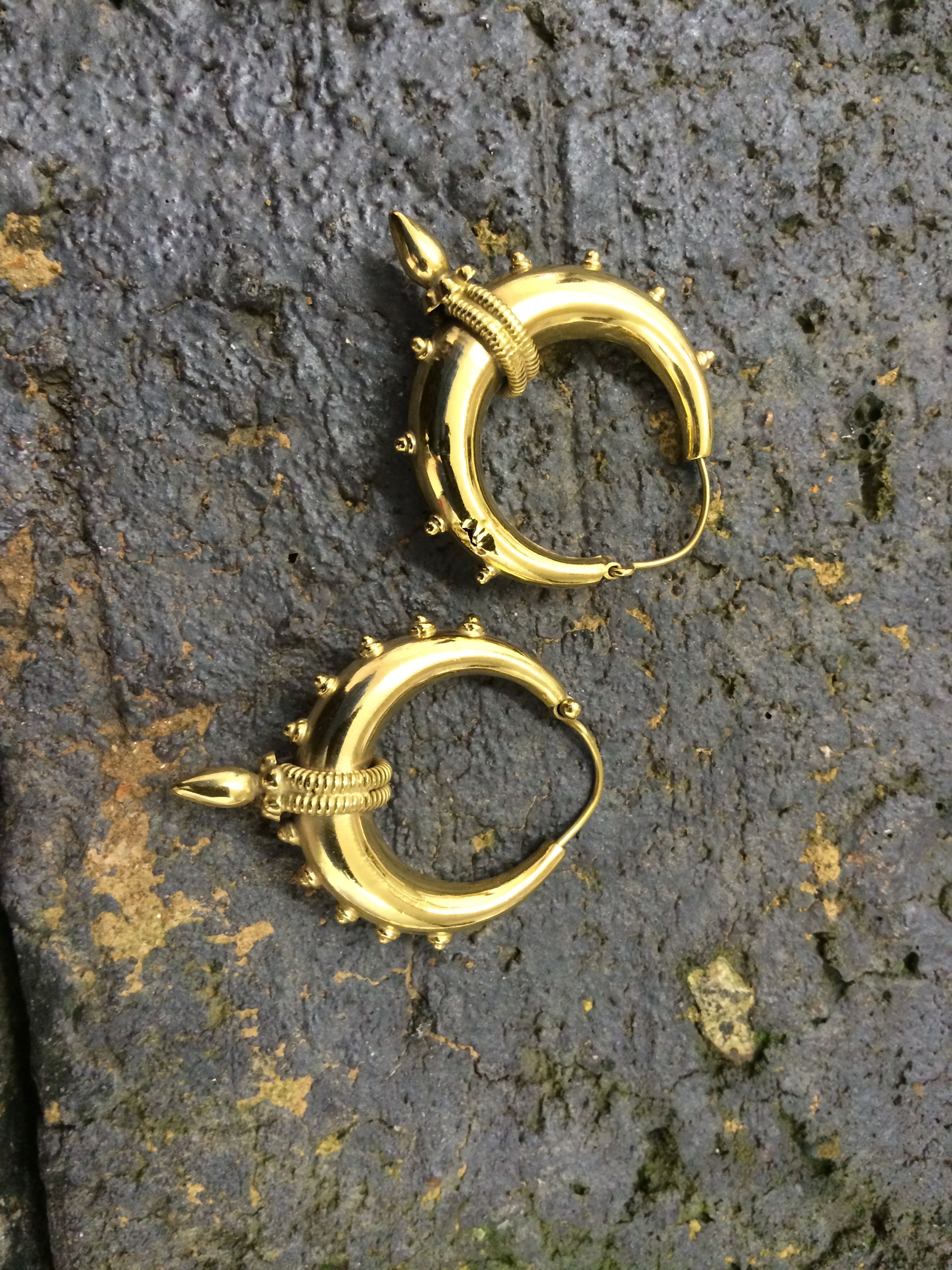 gold plating of earrings